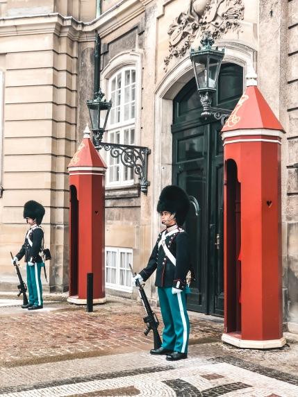 born-to-be-lovers-copenhague-palais-royal